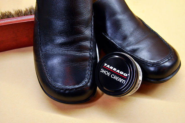 Крем для гладких кож Tarrago Shoe Cream